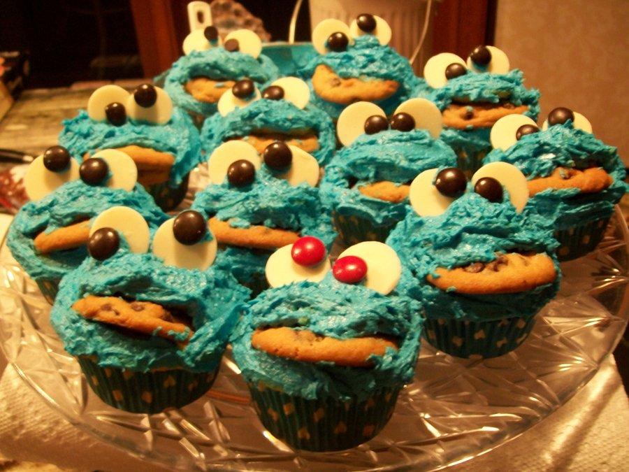 Cookie Monster Cupcake Mob